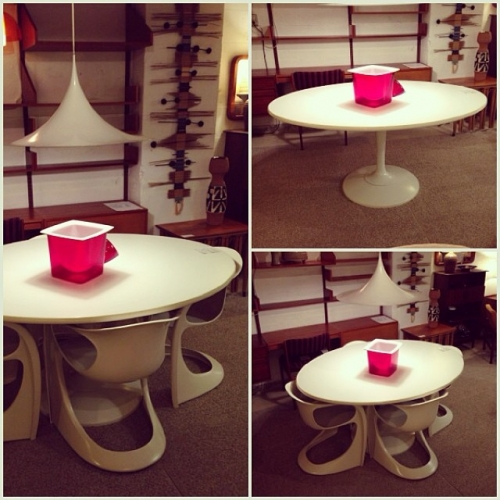 Casalino Chairs w/ Tulip Table