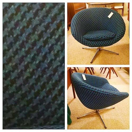 Overman Swedish Pod Chair
