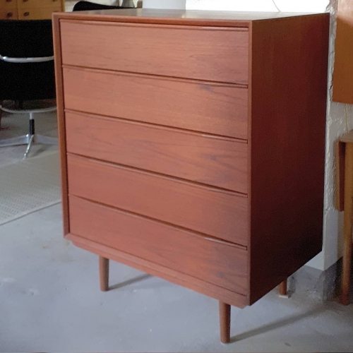5-drawer Teak Dresser