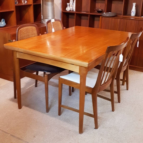 Poul Hundevad Drawleaf Table