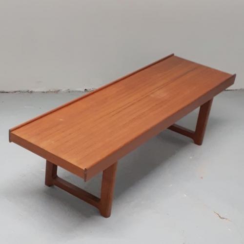 Krobo Bench