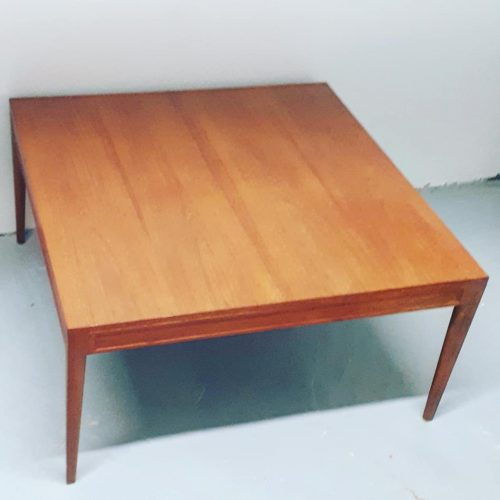 Finn Juhl Diplomat Table