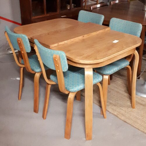 Aeroclub Dining Set